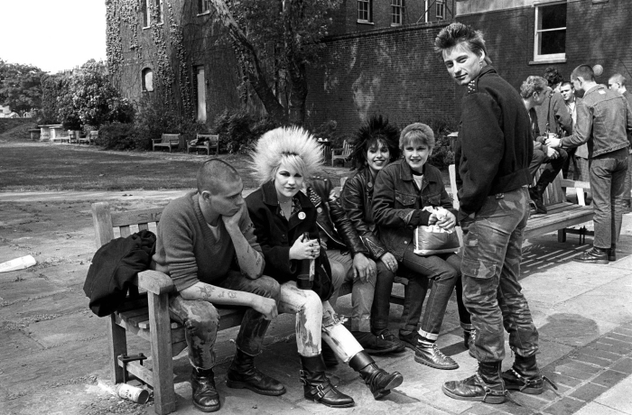 photo-janette-beckman-punks-worlds-end-london-1978.jpg