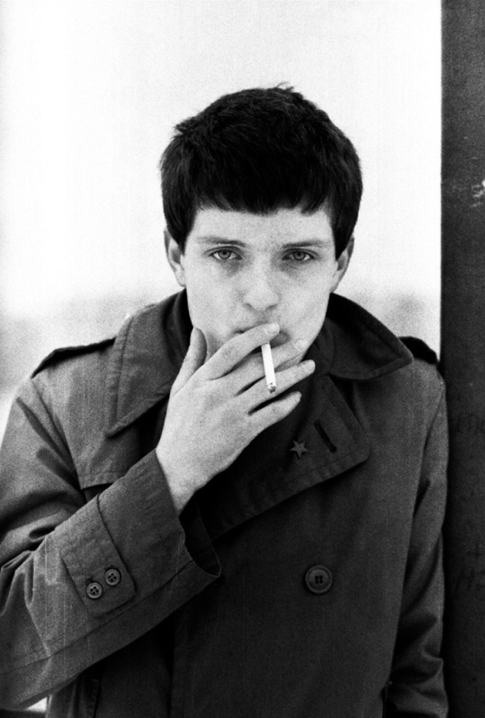 10-ian-curtis-joy-division_666.jpeg