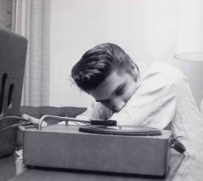 elvis-listening-to-music-in-his-room-by-alfred-wertheimer-1956.jpg