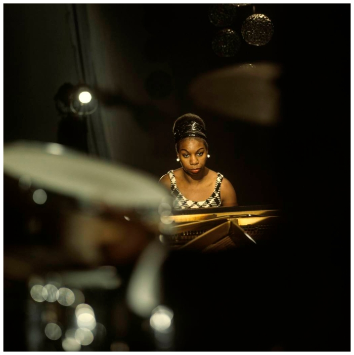 nina-simone-pauses-in-a-performance-at-bbc-tv-centre-in-1968.jpg