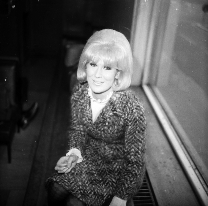 british-soul-singer-dusty-springfield-arrives-at-london-airport-1966.jpg